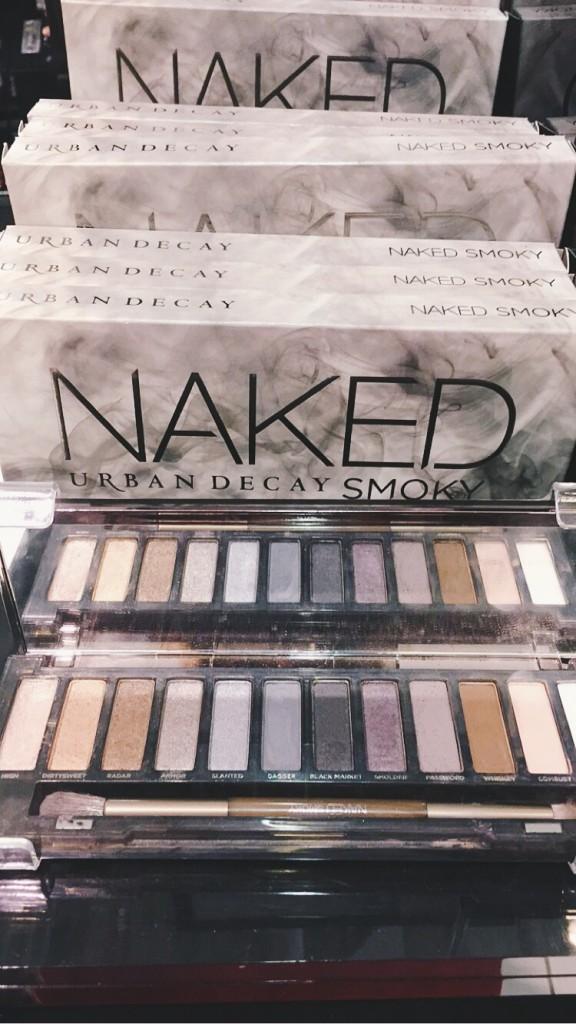 Urban Decay Naked Smoky Palette | BondGirlGlam.com