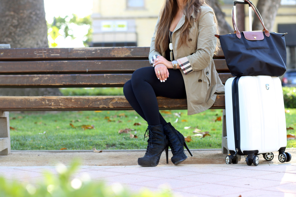 Airport Outfits & Giveaway | BondGirlGlam.com