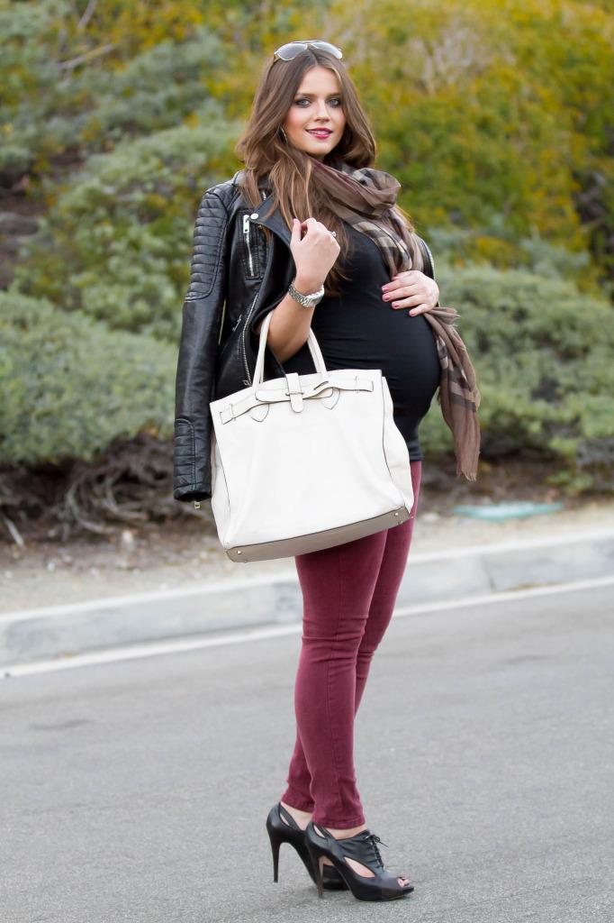 #BumpStyle // Moto Jacket & Burgundy Skinny Jeans | BondGirlGlam.com