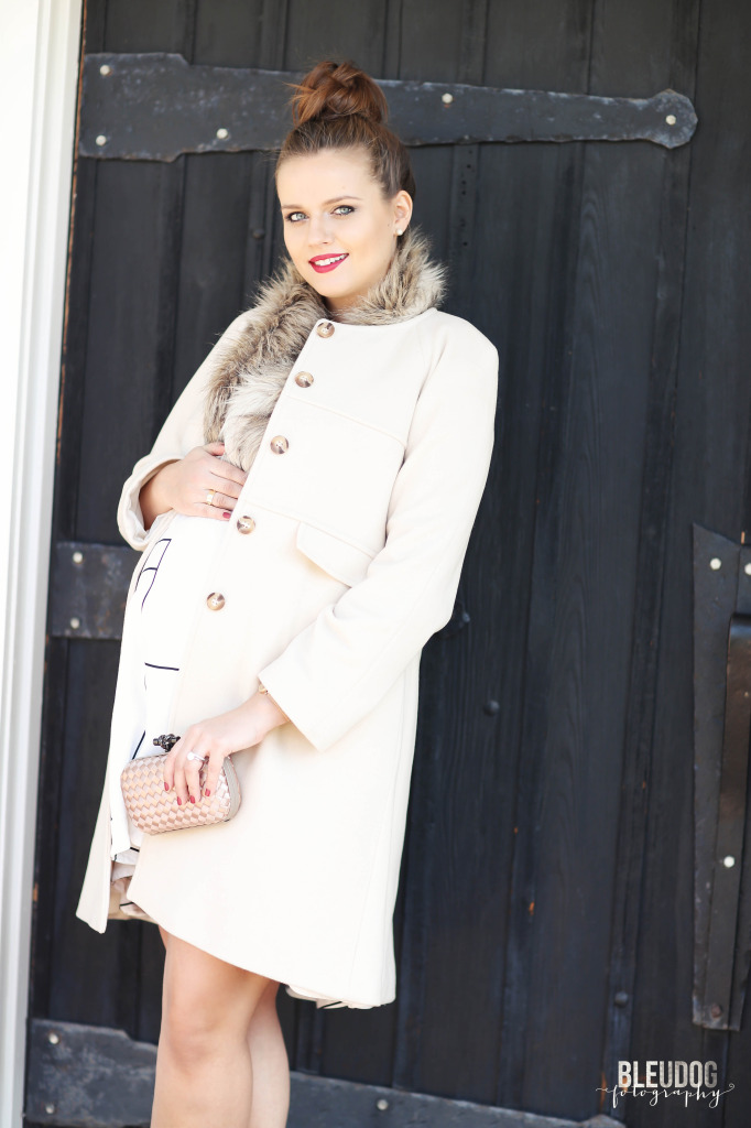 #BumpStyle // Ladylike Blush Pink Coat & Top Bun | BondGirlGlam.com