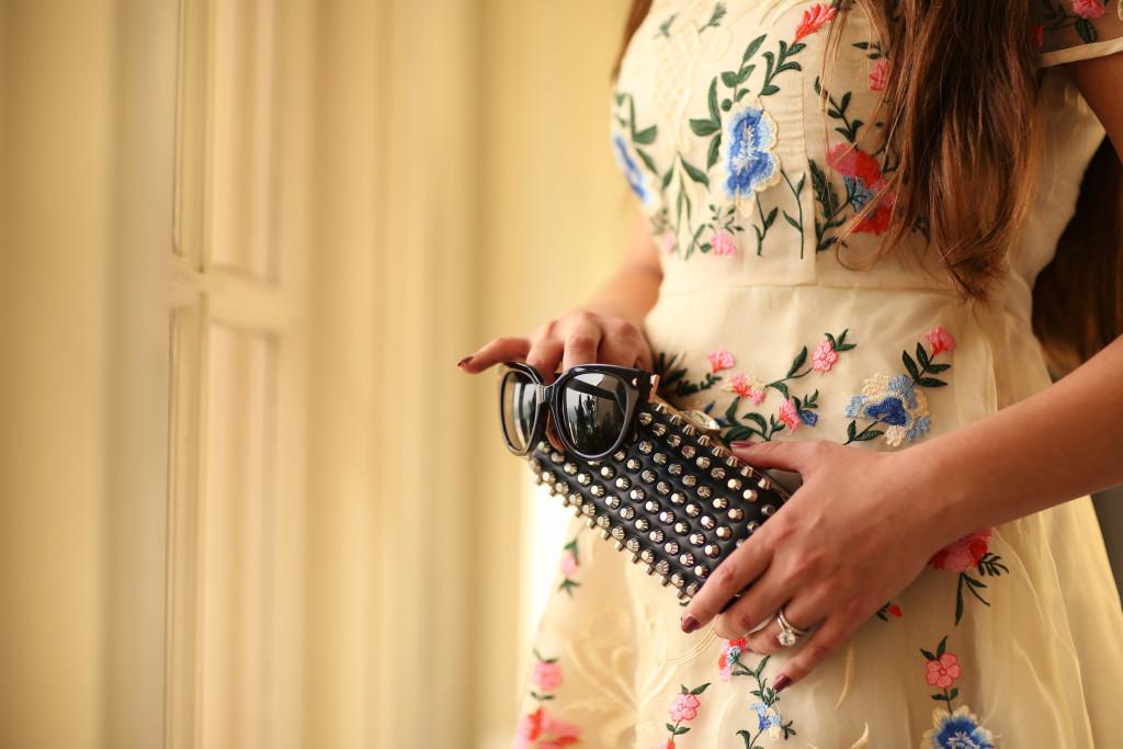 #OOTD // Embroidered Floral Dress & Pigalles   BondGirlGlam.com