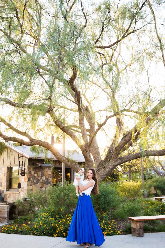 #OOTD // Lace Crop Top & Cobalt Blue Maxi Skirt | BondGirlGlam.com