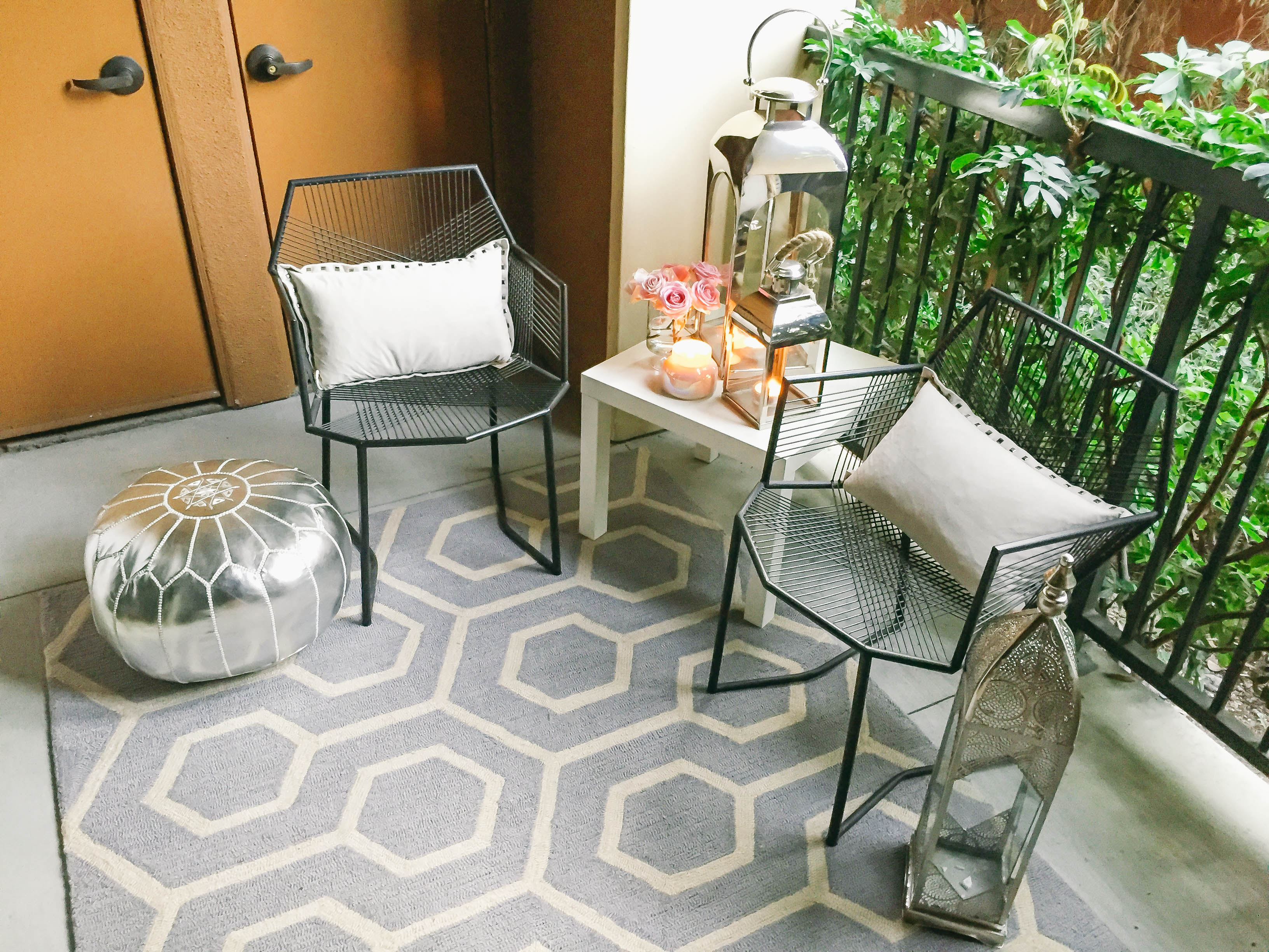 Style At Home // Small Space Moroccan Patio Décor  BondGirlGlam.com