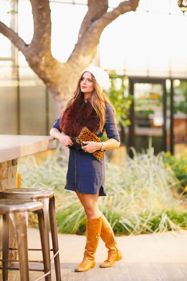 #OOTD // Burgundy Fur Stole & Blue Shirtdress   BondGirlGlam.com
