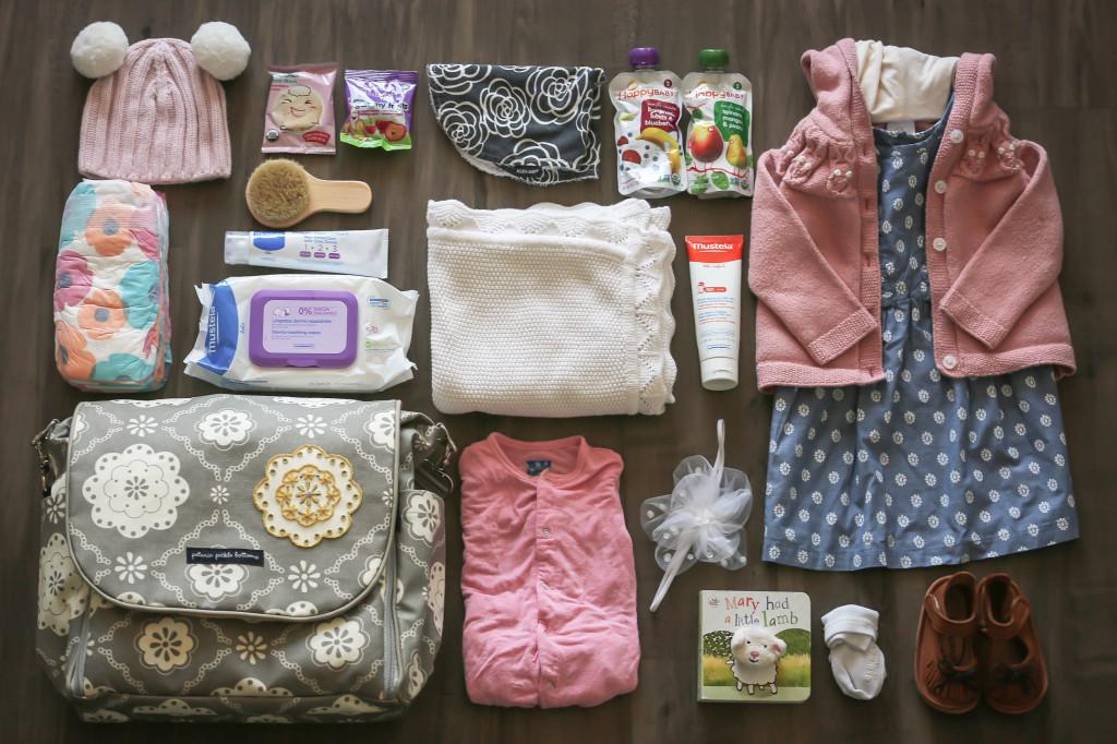What's In My Diaper Bag   BondGirlGlam.com