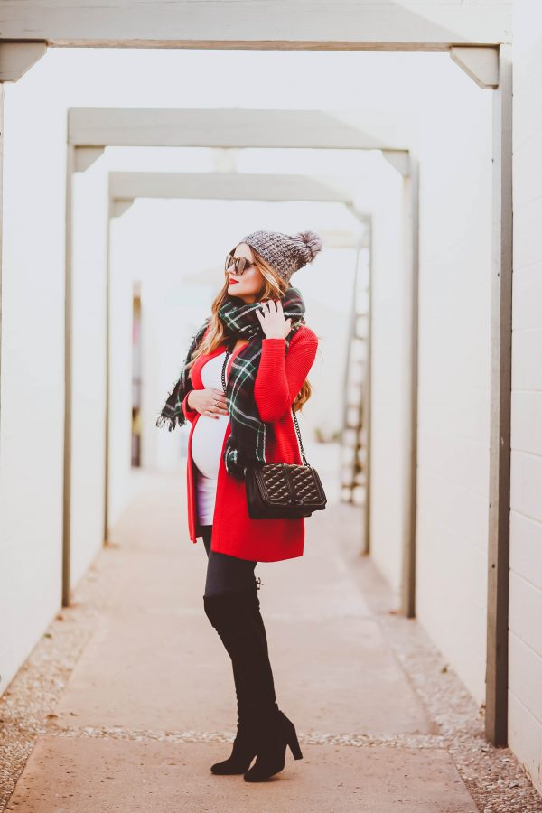 #BumpStyle // Christmas Red Cardigan & Green Plaid Scarf | BondGirlGlam.com