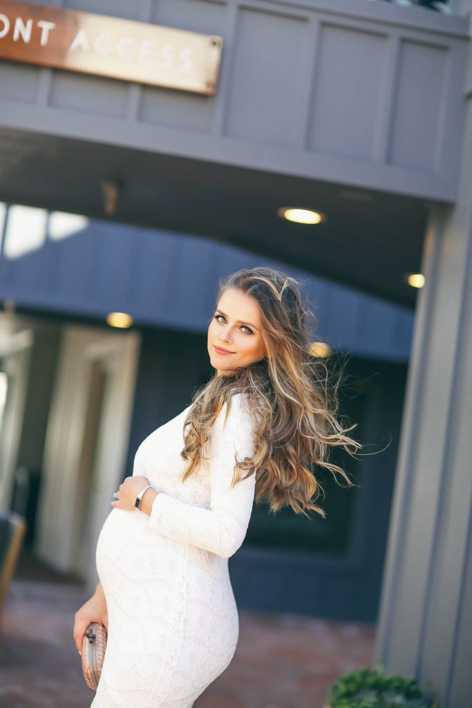 #BumpStyle // White Lace Long-Sleeve Bodycon Dress   BondGirlGlam.com