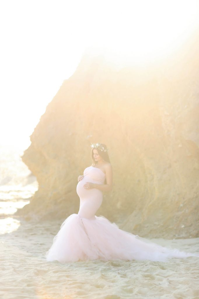 #BumpStyle // Mermaid Style Tulle Maternity Gown on the ...