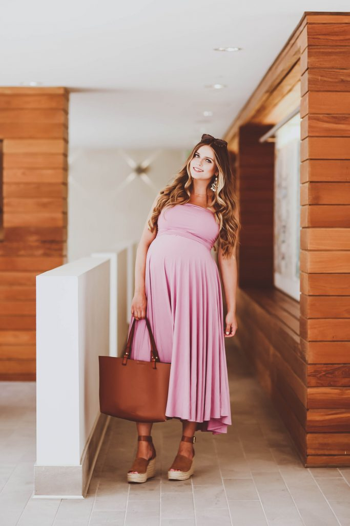 #BumpStyle // Violet Strapless Jersey Dress & The Perfect Tote | BondGirlGlam.com