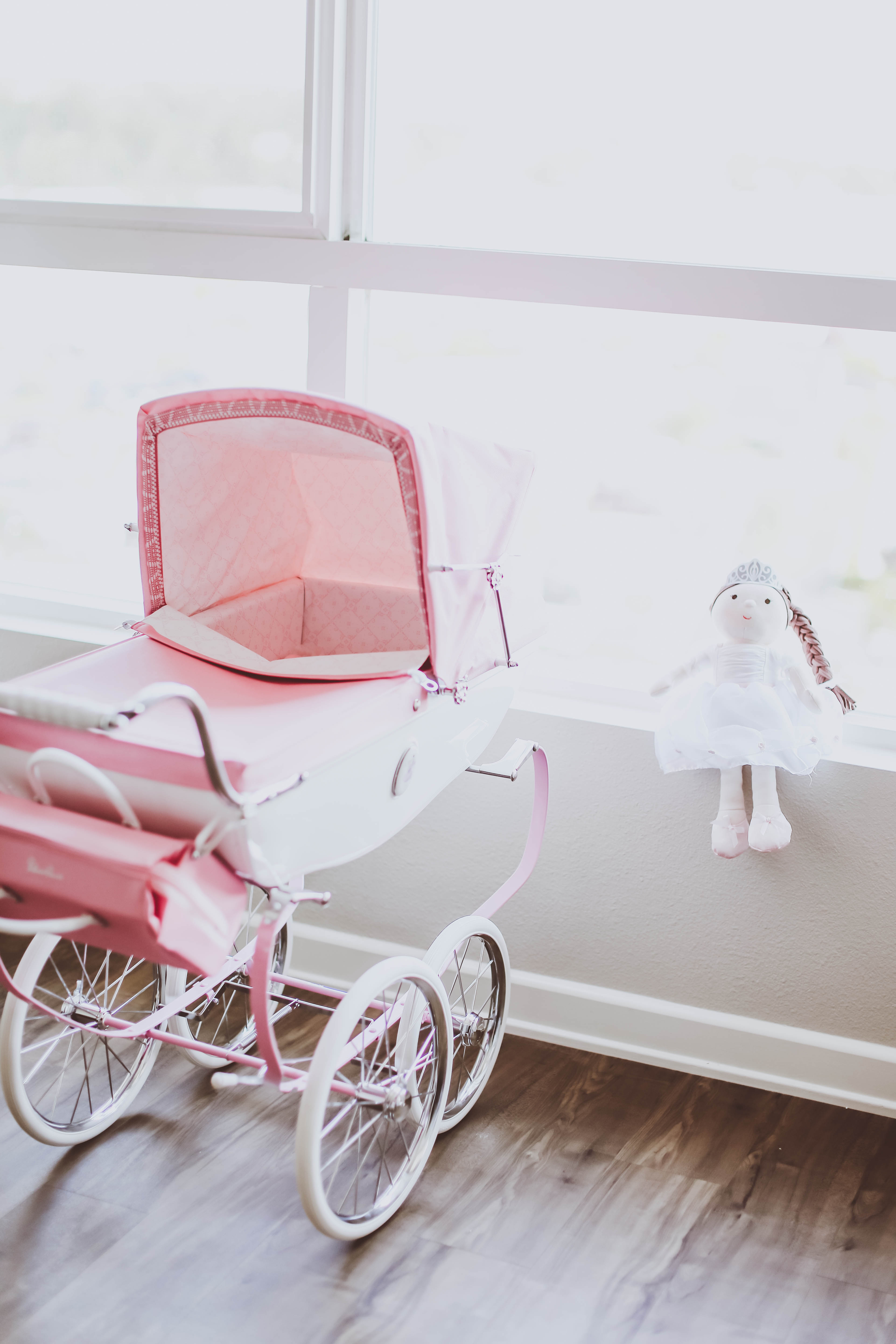 silver cross doll's pram review, heirloom doll stroller