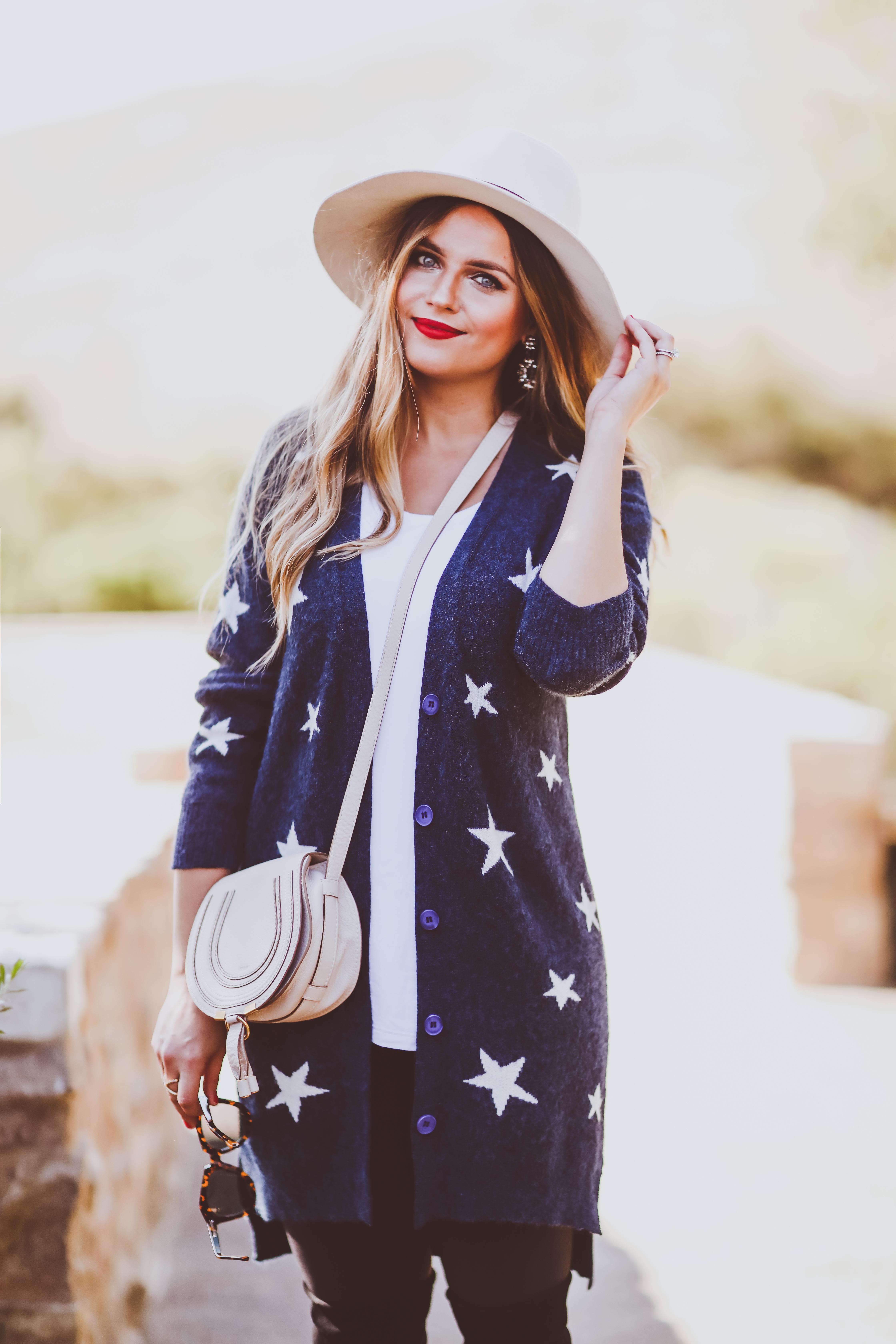 #OOTD // Star Cardigan, Nursing Tee & Leggings | BondGirlGlam.com