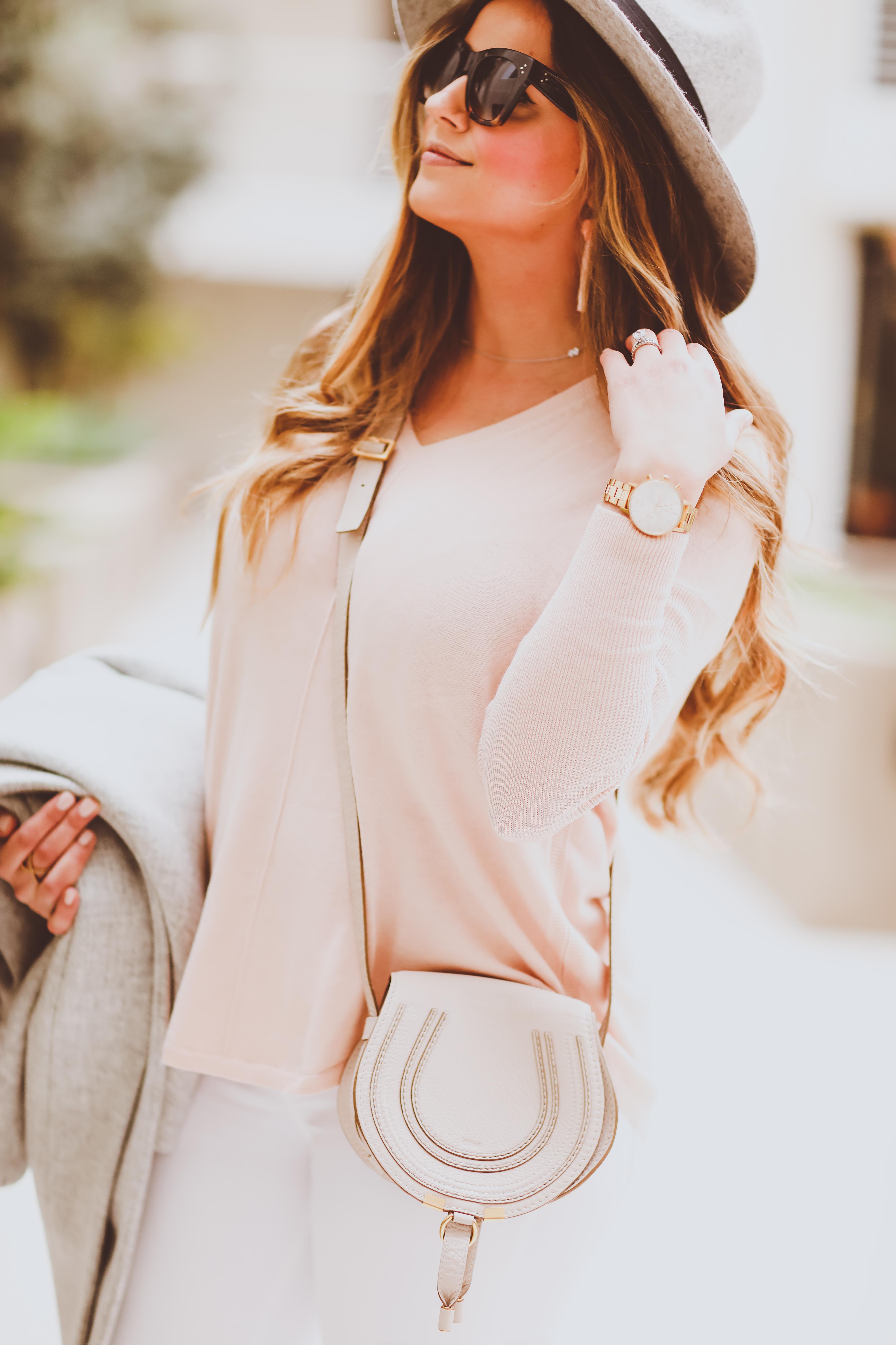 #OOTD // Cozy Cocoon Coat, Everyday V-Neck Sweater & White Skinnies | BondGirlGlam.com