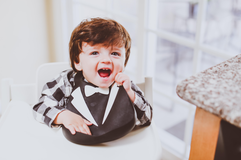 Raised Real // Homemade Baby Food Subscription Service   BondGirlGlam.com