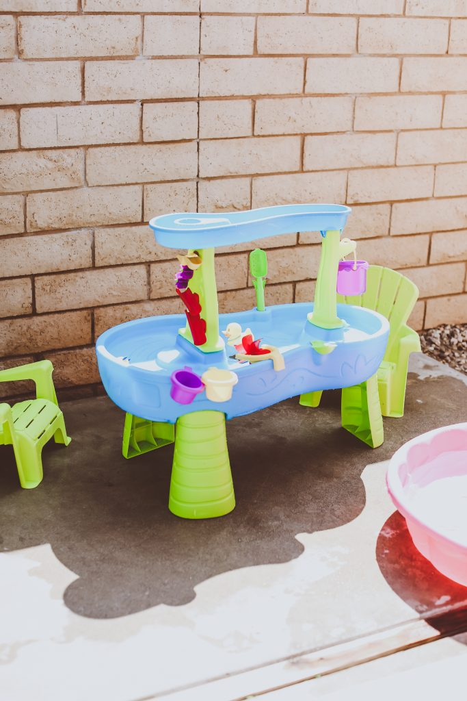 Summer Backyard Fun for Kids | BondGirlGlam.com