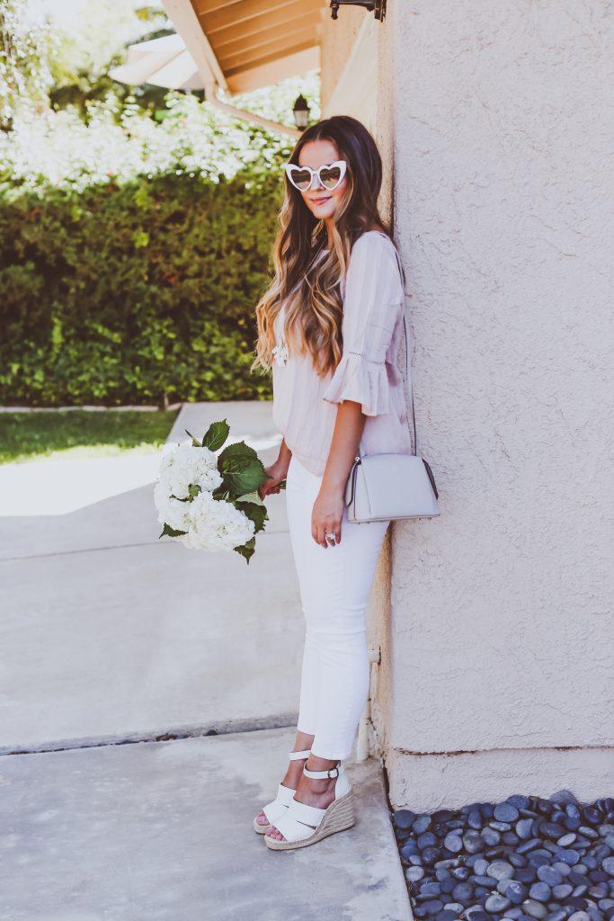 #OOTD // Blush Pink Blouse & White Cropped Skinny Jeans | BondGirlGlam.com