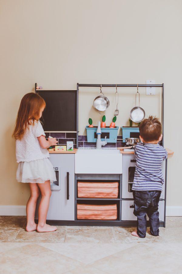 KidKraft Farm to Table Play Kitchen | BondGirlGlam.com